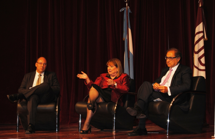 """""""El empleo y la educación deben ser parte de las discusiones en el G20"""", afirmó la CancillerMalcorra"""
